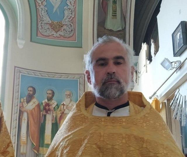 Барнаульский священник Александр Микушин