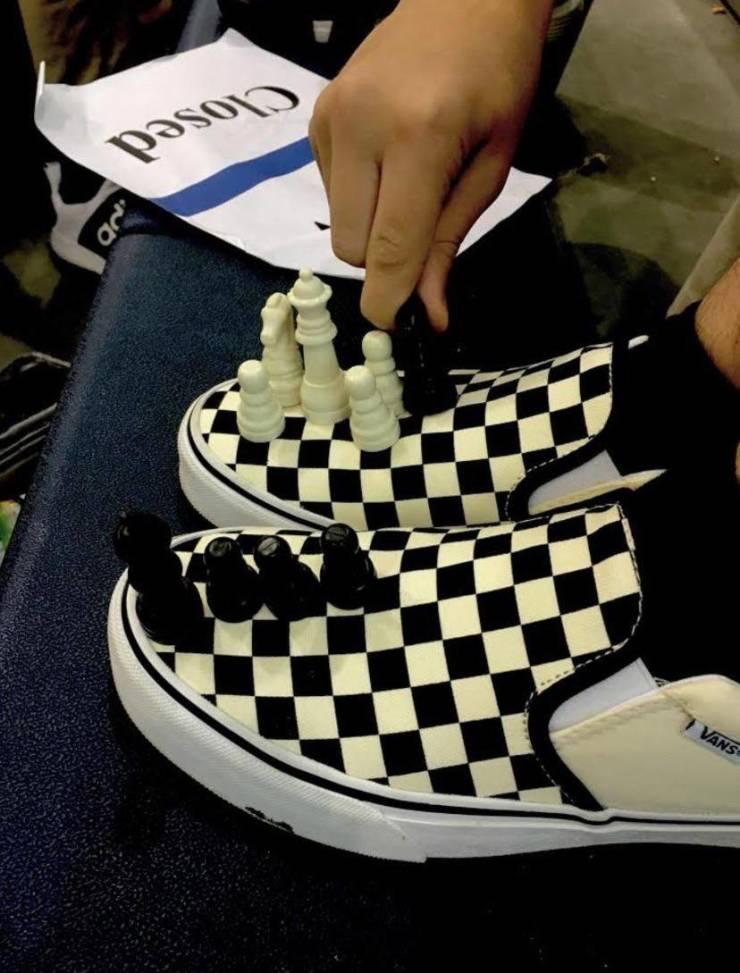 Обувь - шахматная доска