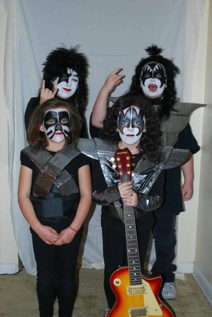 Детишки группа Kiss