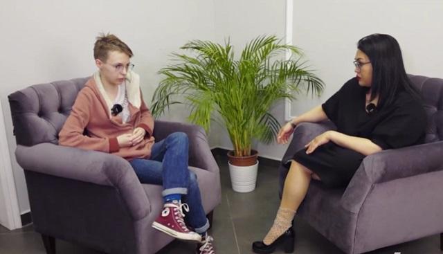 Анна-Мария Ефремова дает интервью