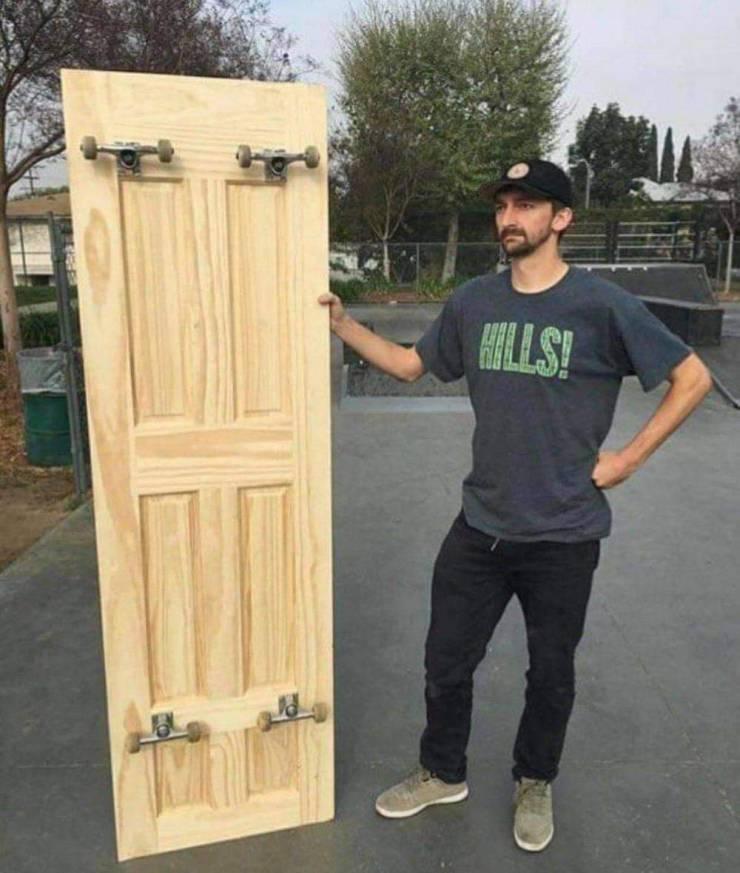 Скейт из двери