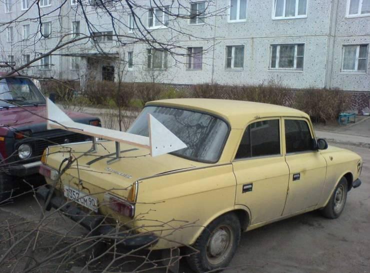 Самодельный спойлер на Москвиче