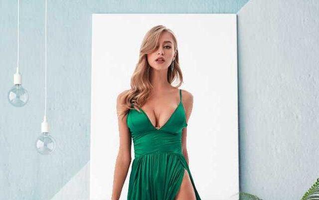 Платья с высокими разрезами. Часть 7 (20 фото)