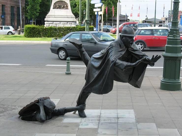 Креативная скульптура в городе