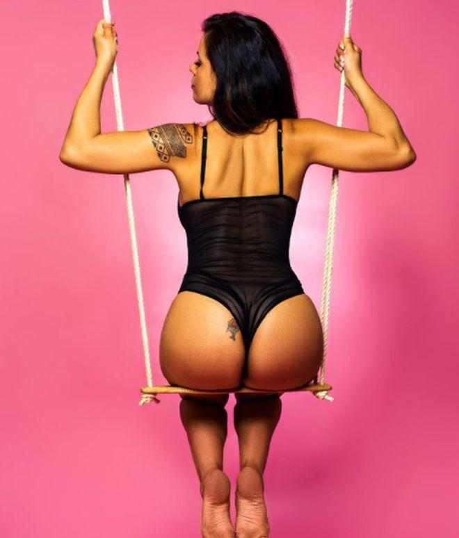 Кандида Батиста: 39-летняя шеф-повар, ставшая моделью Playboy (15 фото)
