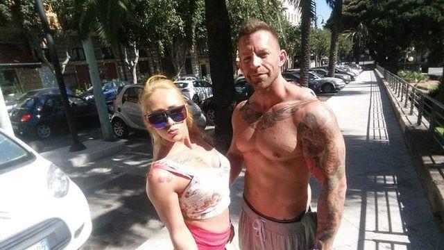 Жолт и Кристина на улице