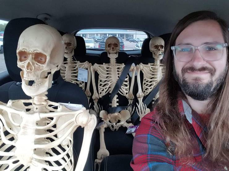 Пассажиры-скелеты