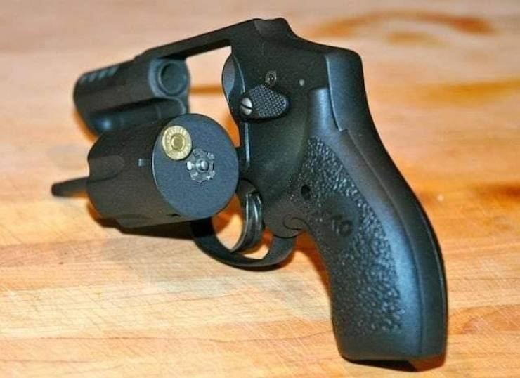 Револьвер на 1 патрон