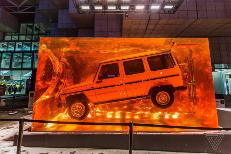 Машина в янтаре