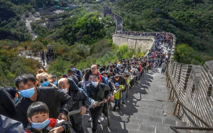 Очередь на китайскую стену