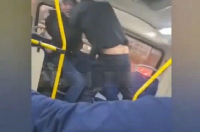 Драка в автобусе