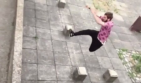 Отличный прыжок в паркуре