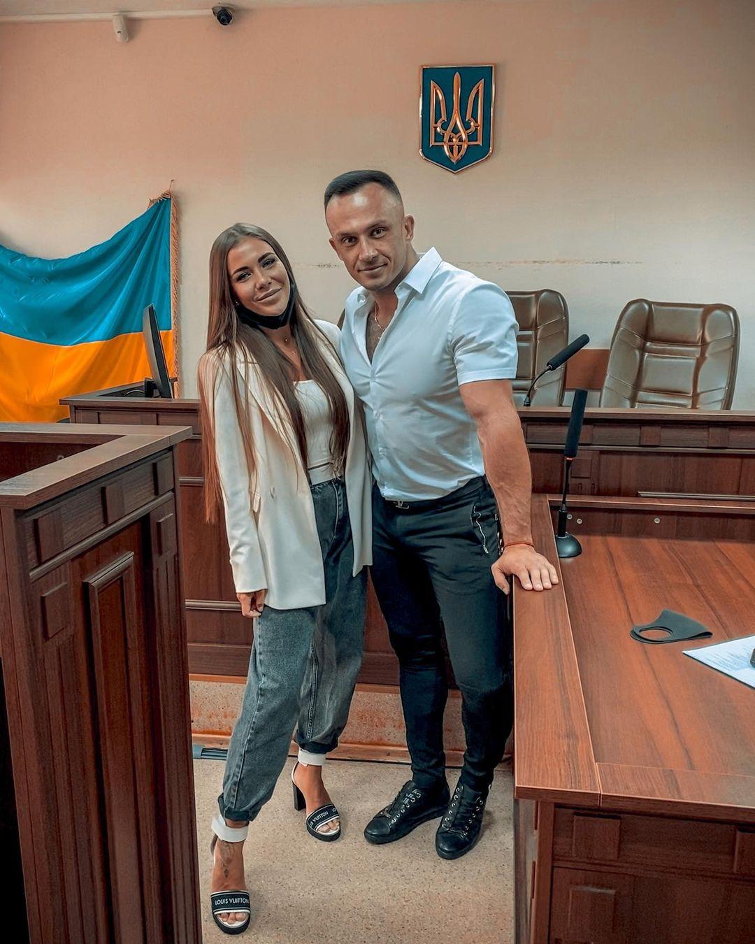 София Стужук и Дмитрий Стужук в зале суда