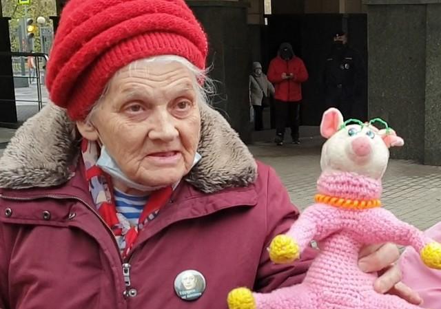 Бабушка за Михаила Ефремова
