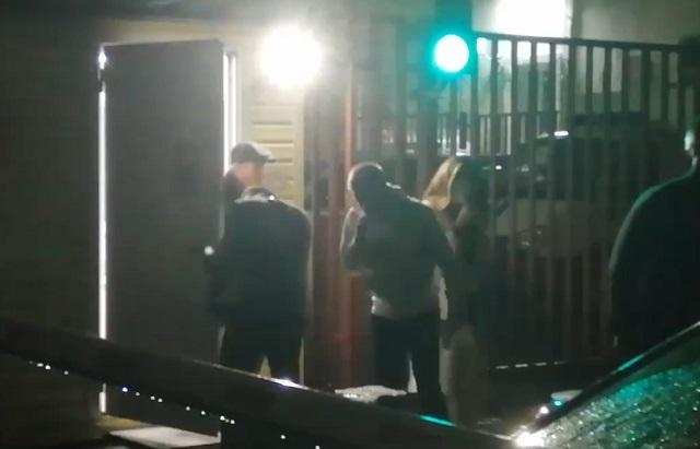 Стример Mellstroy выходит из полицейского участка