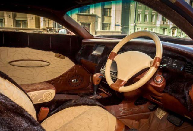 Салон Toyota Crown XIV