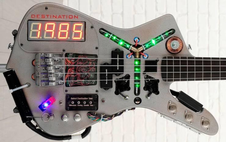 Необычная гитара