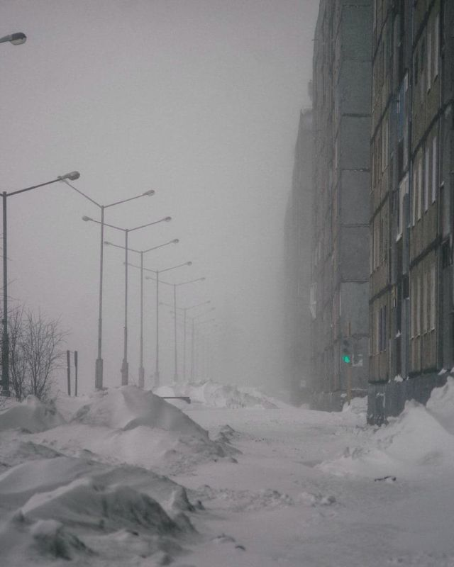 Заснеженные улицы Норильска