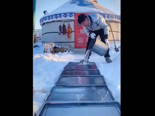 Экологичный монгольский холодильник