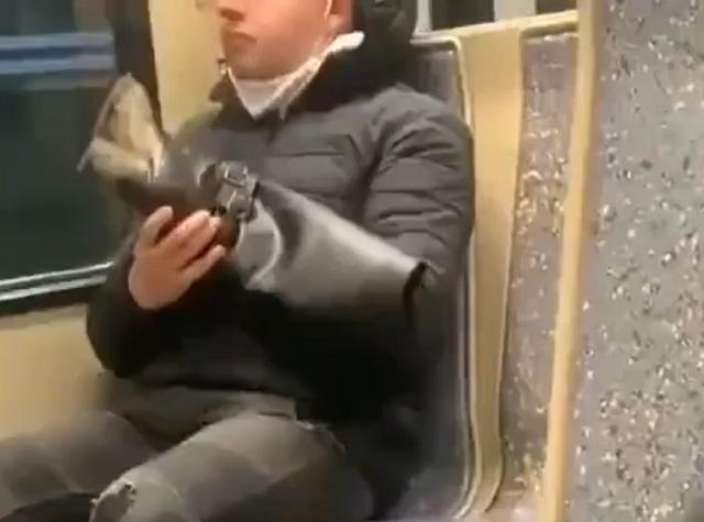 Парень есть сапог