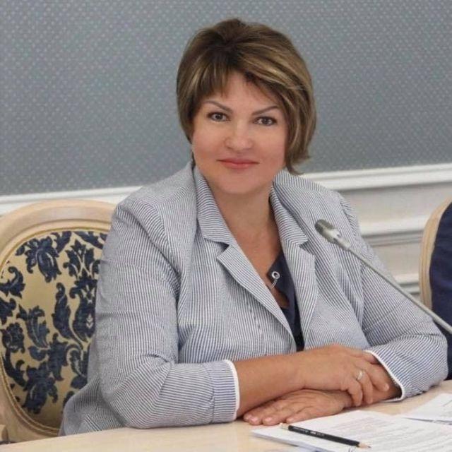 Светлана Опёнышева