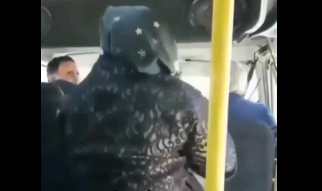 бабушка из дагестана напала на водителя