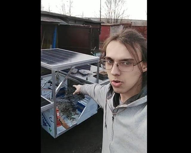 парень собрал солнцемобиль