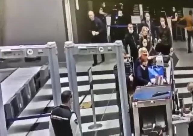 В аэропорту Шереметьево задержали дебошира