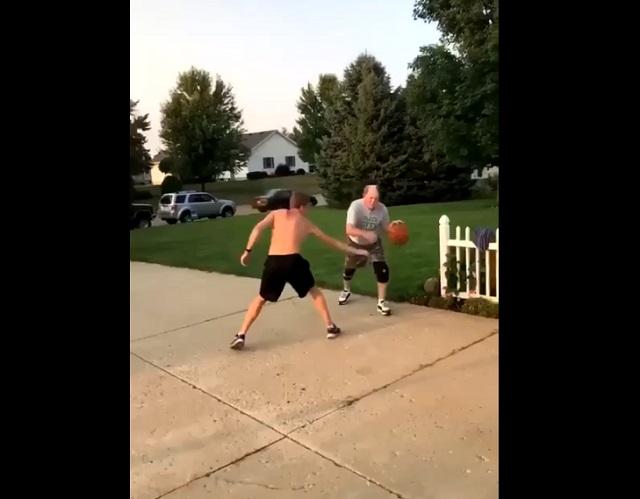 баскетбол во дворе