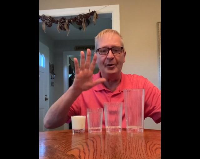 трюк со стаканами
