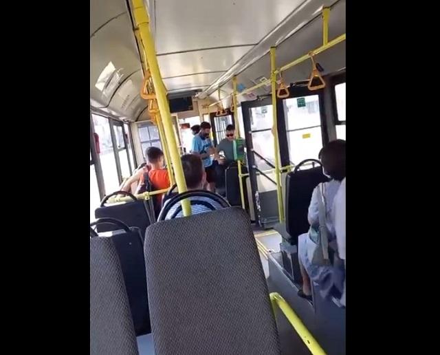конфликт в троллейбусе
