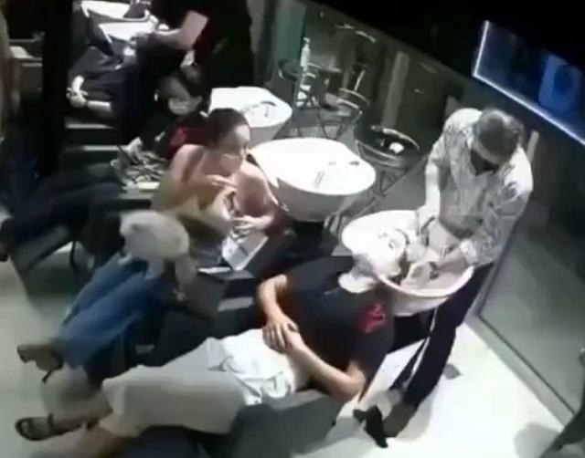 Наказали неугомонную клиентку