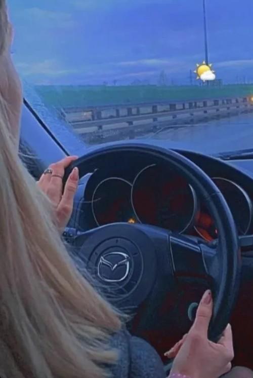 Что известно о 18-летней Валерии Башкировой, сбившей детей на пешеходном переходе на западе Москвы (5 фото + видео)