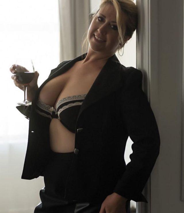 Нита Мари