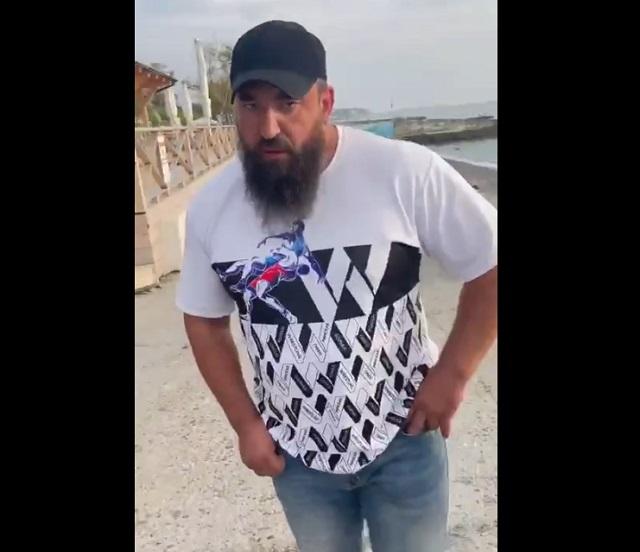 Охранник пляжа в Сочи