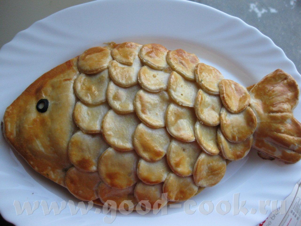 Пирог с рыбными консервами и рисом из дрожжевого теста рецепт